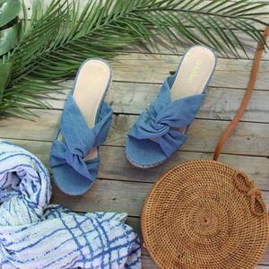 Shoes - 🆕//The Hazel//Blue knotted denim Espadrille